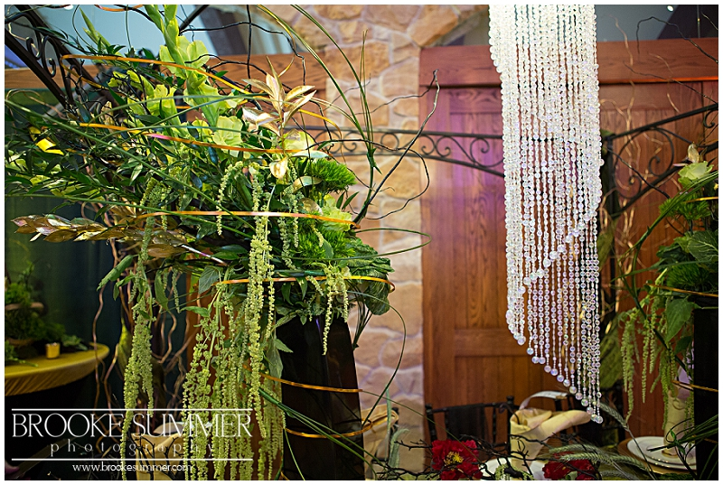 denver-wedding-photographer, baldoria-on-the-water, baldoria, wizard-of-oz-wedding, green-wedding, green-bouquet, the-dessert-stand, mag-events, black-wedding-gown, dulcey-made-designs, green-wedding-cake, oz-wedding, colorado-wedding-photographer